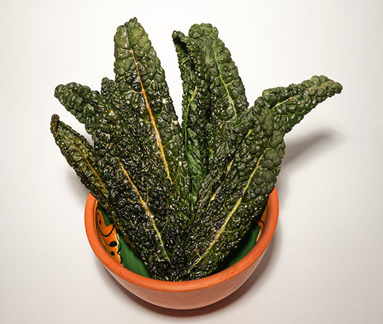 Highly Addictive Kale Crisps
